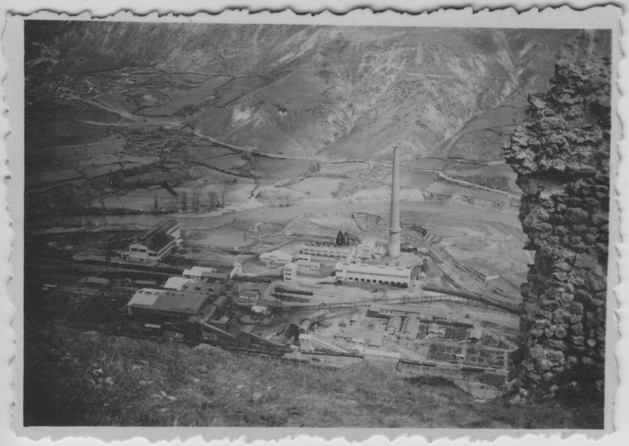 YU_tovarna_usine_fabrik